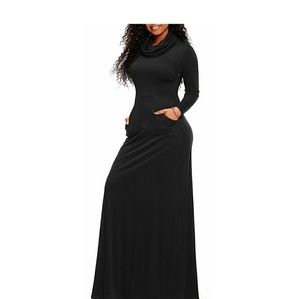 Black Long Sleeve Maxi Dress w/ Pockets